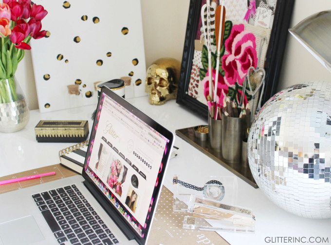 tulips-beautiful-inspiration-desk-blogger-leopard-disco-ball-mac-gold-stapler-glitterinc.com_-680x505