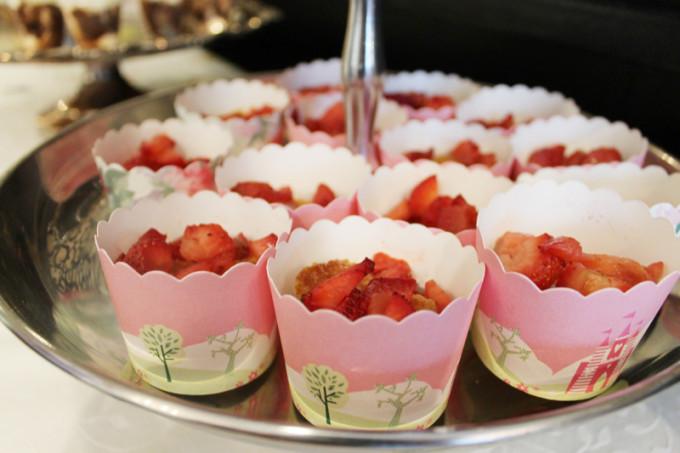 baby girl shower tea party - strawberry shortcake - glitterinc.com