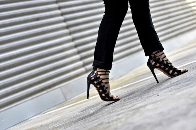 Aquazzura lace up heels black