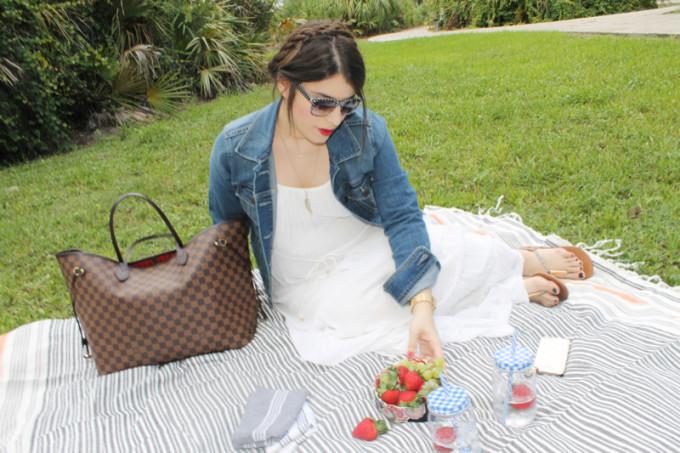 Summer Picnic - pregnant maternity - Sears Style - glitterinc.com
