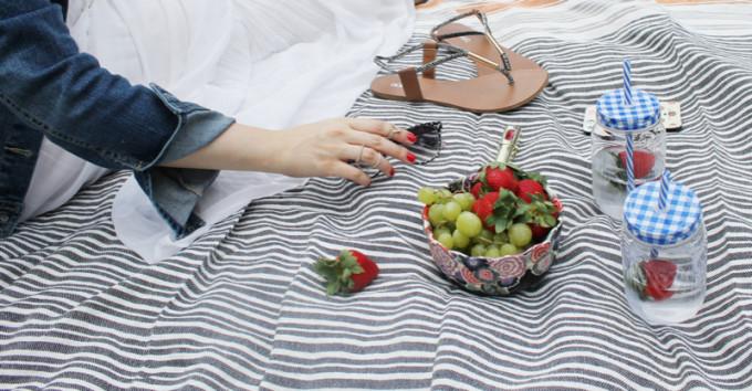 Summer Picnic - pregnant maternity denim - Sears Style - glitterinc.com