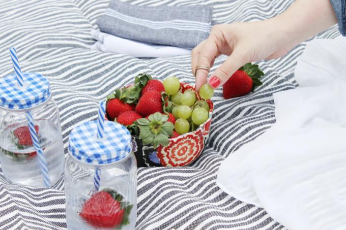 Summer Picnic - pregnant maternity - stripes - Sears Style - glitterinc.com