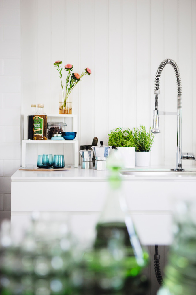 light bright Sweden home via Elle Decoration - kitchen
