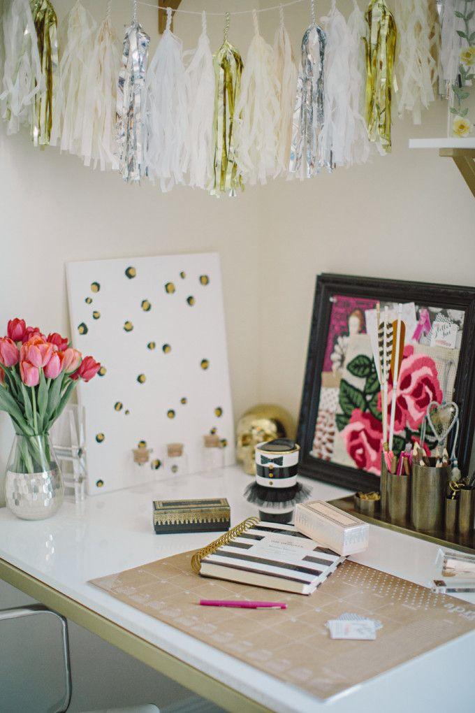 DIY leopard canvas office blogger flowers - glitterinc.com