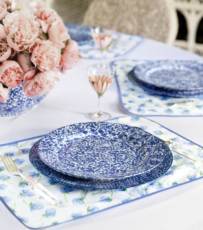 Tory Burch Tabletop dishes _ Spongeware - blue and white - flowers