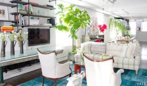 taylor-tomasi-apartment-ny-living-room