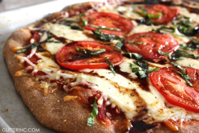 Easy-Homemade-Caprese-Whole-Wheat-Pizza-with-Balsamic-Glaze---glitterinc.com