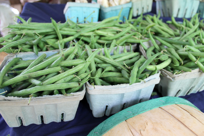 farmers-market-green-beans---glitterinc.com