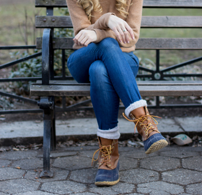 l.l.bean-bean-boots-classic-winter-jeans-sweater