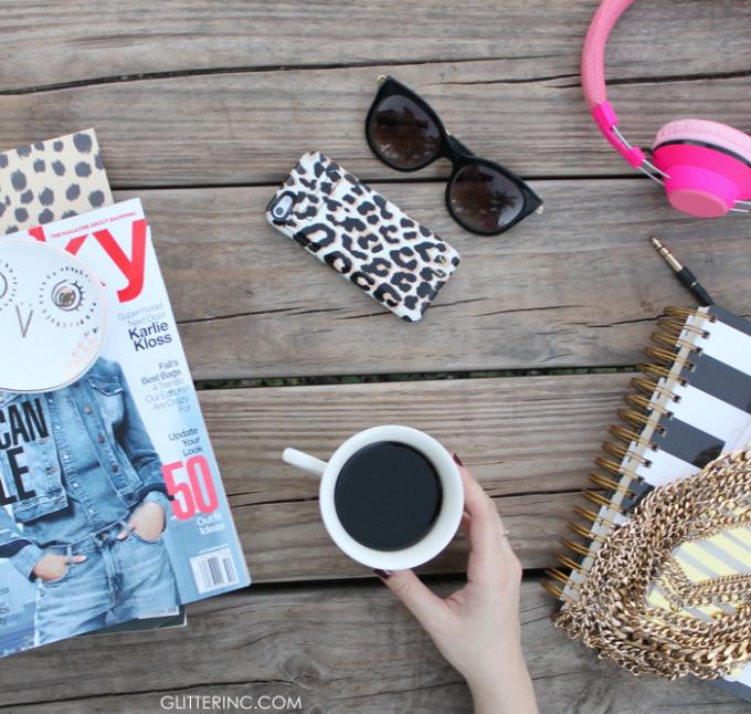 Blogger-Desk-Starbucks-Coffee-2---glitterinc.com