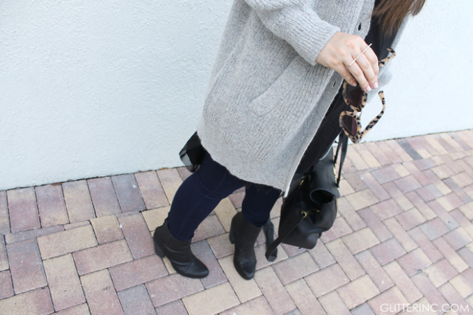 Sears-Style-Fall-Jeans-Boots-Grey-Sweater-Ring-Pashli---glitterinc.com