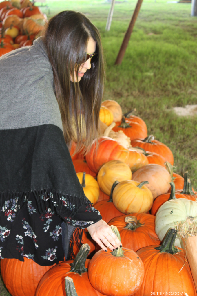 Sears-Style---Lexi---Fall-Pumpkin-Patch---Blanket-Cape-Poncho---glitterinc.com