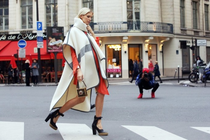 blanket cape poncho street style