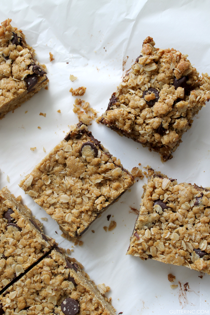 Dark Chocolate Chip Oatmeal Cookie Bars {Recipe} - Glitter, Inc ...