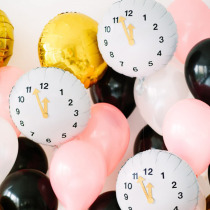 DIY New Years Eve Clock Balloons via Studio DIY