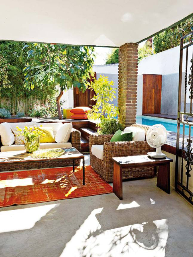 colorful-light-filled-madrid-home---patio