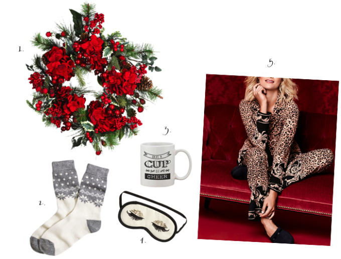 holiday-pajamas-with-soma-2---glitterinc.com