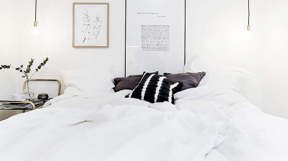 white bedroom dyed pillows
