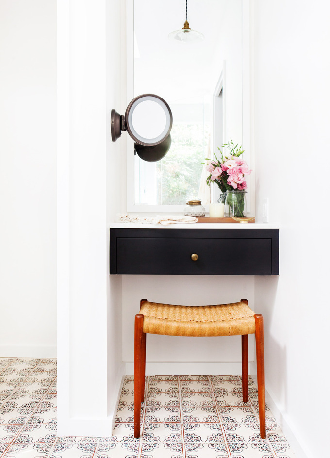 Amber Interiors Bathroom Mirror Domaine