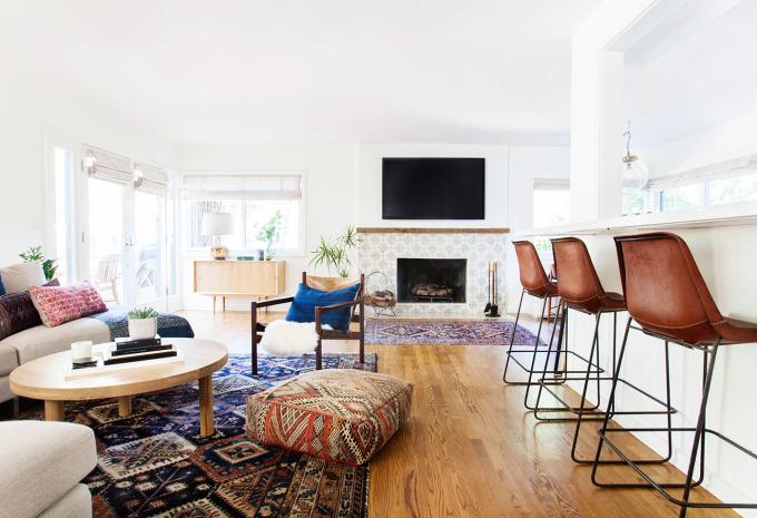 Amber Interiors Living Room via Domaine