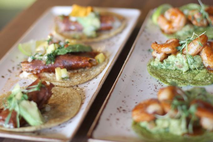 Puesto-Tacos-San-Diego---glitterinc.com