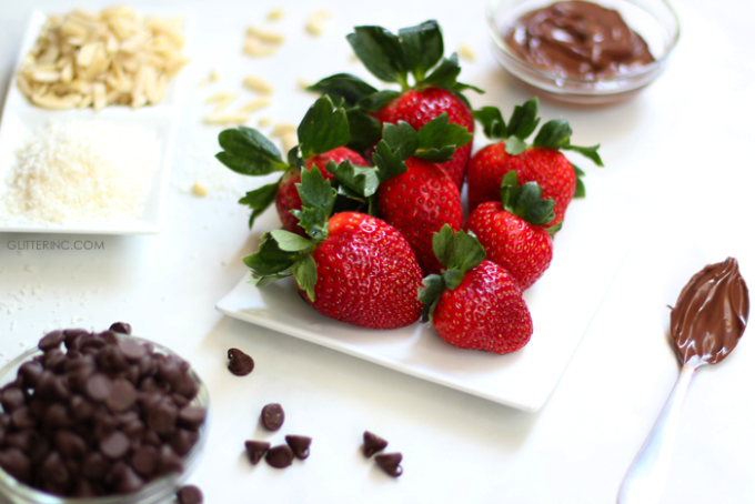 nutella-chocolate-covered-strawberries-toppings-valentines-day---glitterinc.com