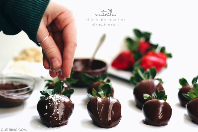 nutella-chocolate-covered-strawberries-valentines-day---glitterinc.com