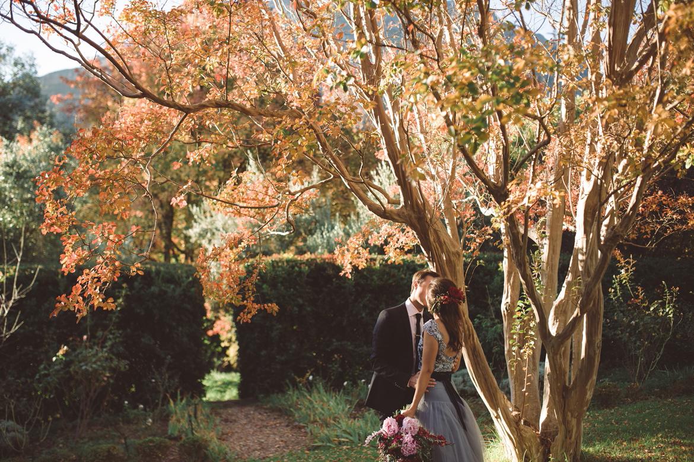 DNA-Photography_Anja-Joshua_blue-tulle-bohemian-wedding-dress-fashion