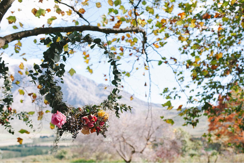 DNA-Photography_Anja-Joshua_bohemian-wedding-flower-crown