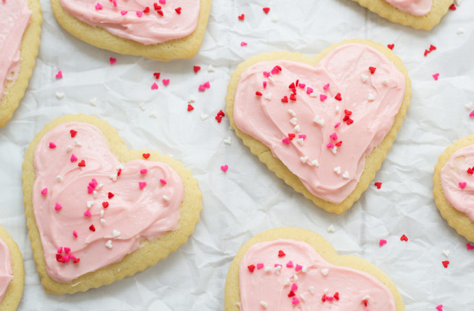 Sugar-Cookies-with-Cream-Cheese-Frosting-1350