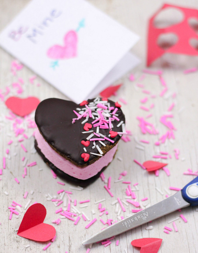 chocolate-s'mores-hearts---valentine's-day