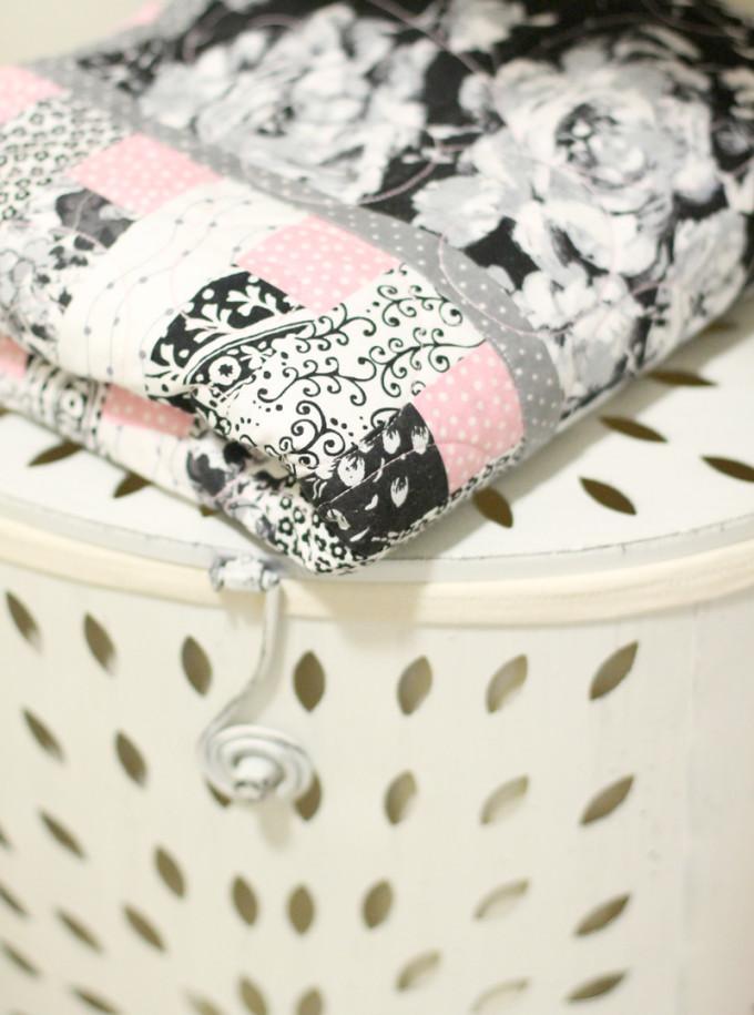 handmade-quilt---Scarlett-Nursery---glitterinc.com