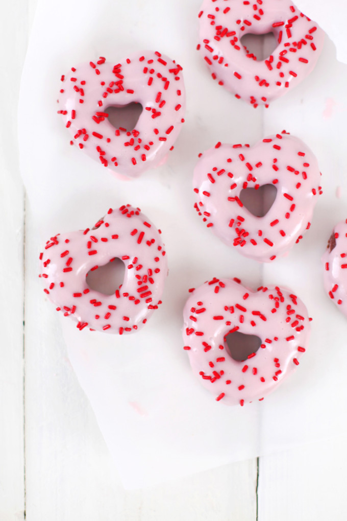 heart shaped baked valentine's day donuts doughnuts
