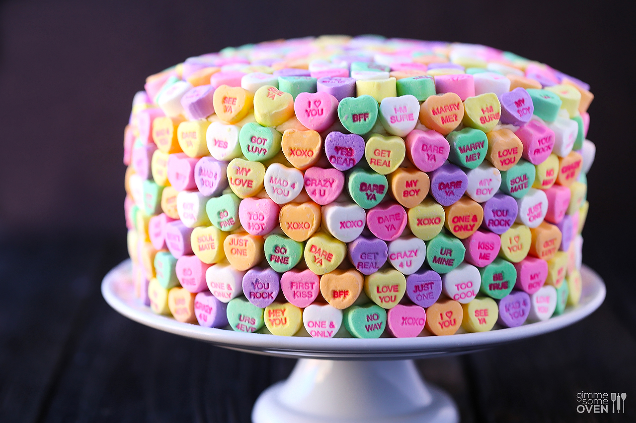 strawberries-and-cream-heart-cake-1