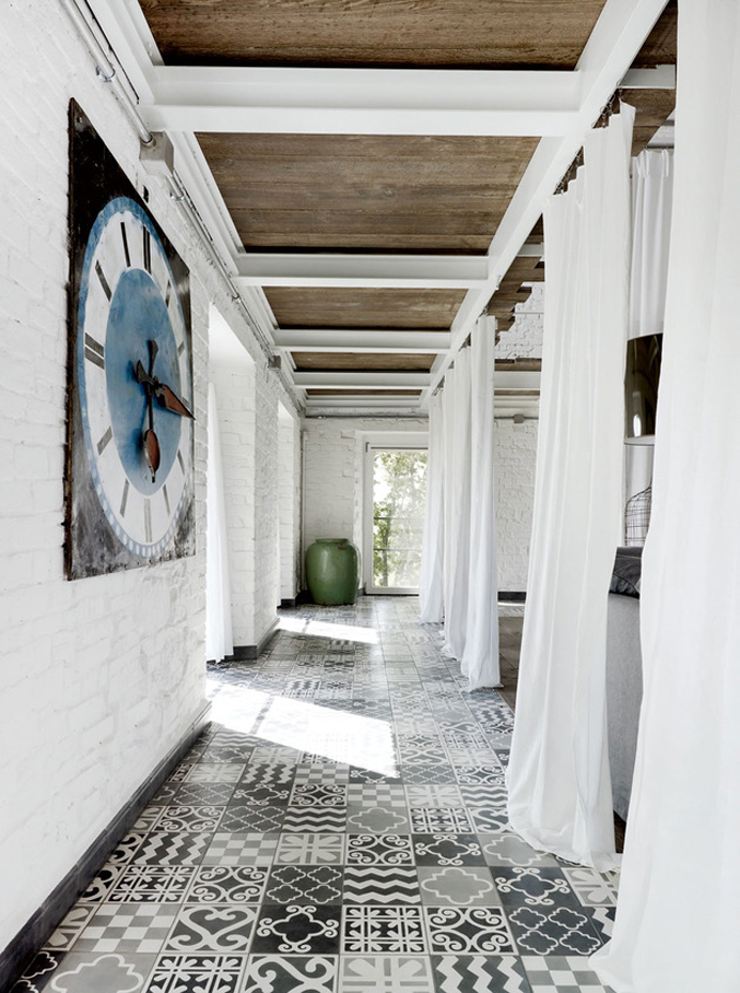 warehouse-renovation-ramps-up-visual-volume-7-hall-patterned-tiles