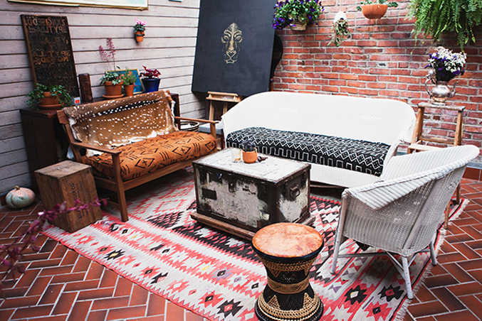 Patio-bohemian-eclectic-seattle-apartment