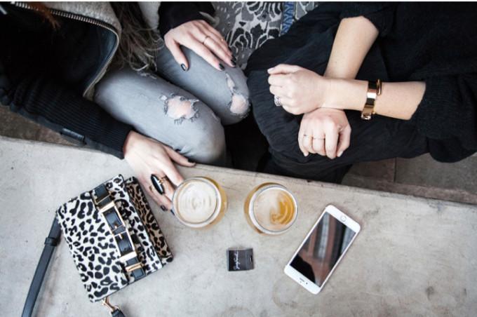 coffee-girls-weekend