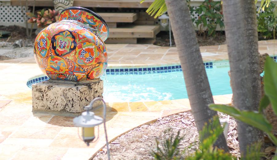 keys-beach-weekend-pool---glitterinc.com