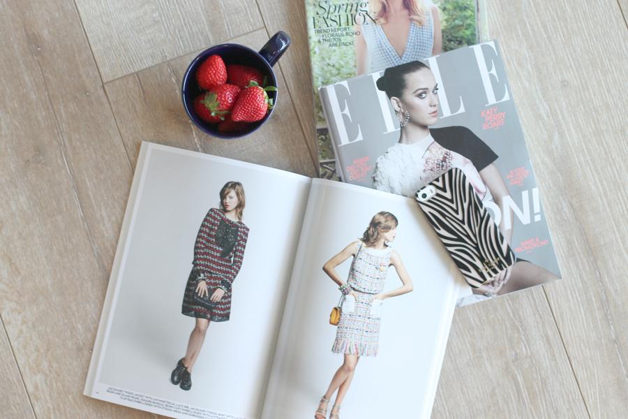 magazines-strawberries-mug-iphone