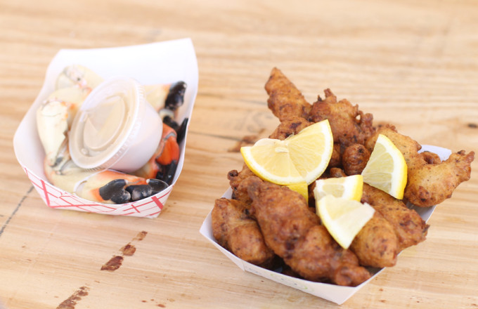 marathon-seafood-festival---conch-fritters-and-stone-crabs---glitterinc.com