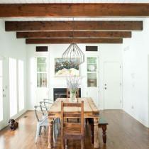 rustic-dining-room-wood