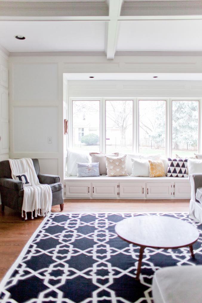 rustic-living-room-blue