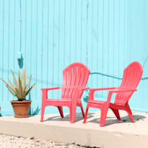 the-keys---red-chairs-and-turquoise-wall---glitterinc.com
