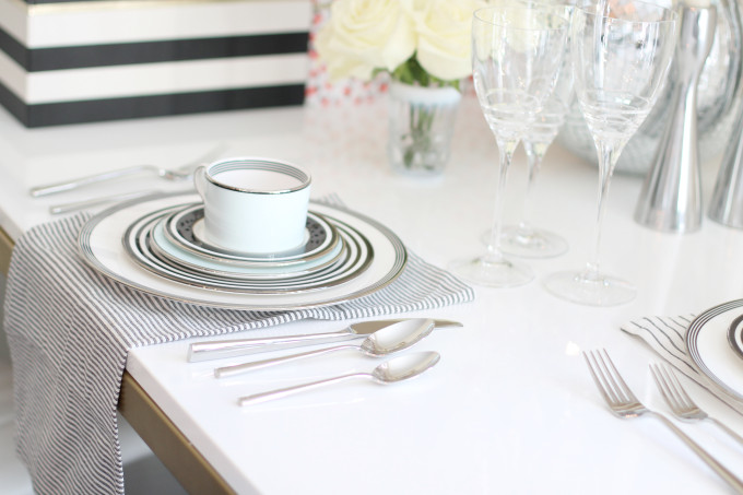 bed-bath-beyond-fine-china-table-styling---glitterinc.com
