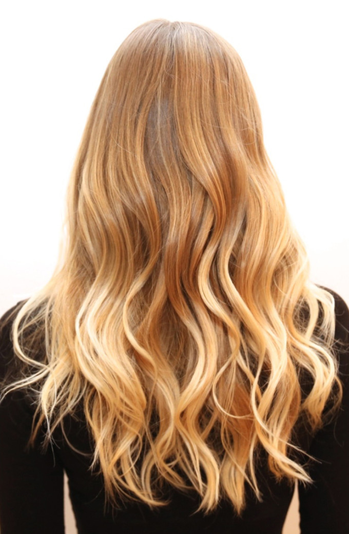 beach-blonde-subtle-ombre-sombre-hair-
