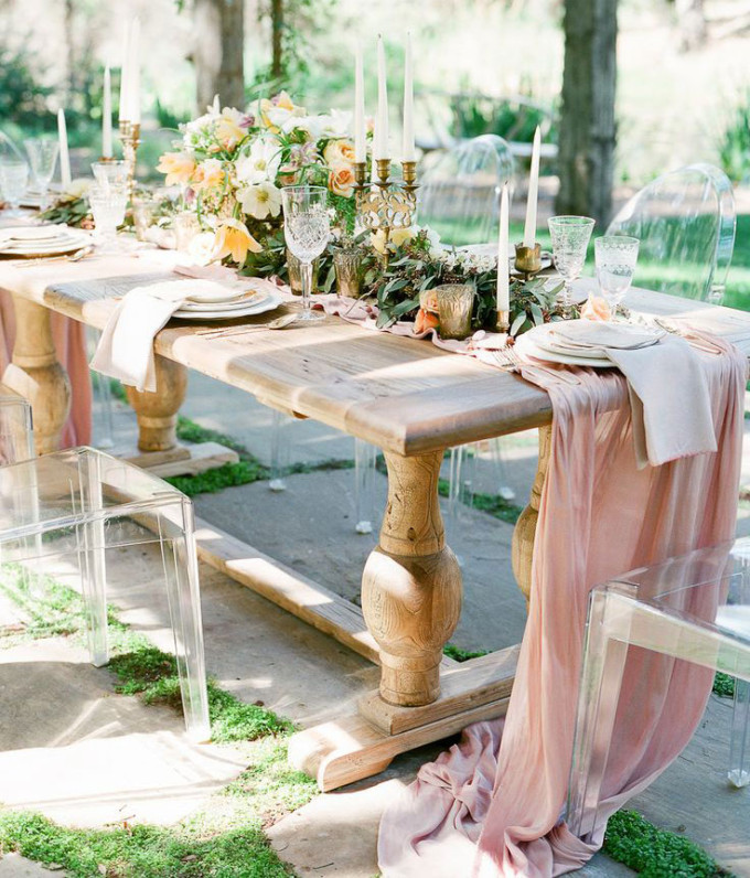 rustic-romantic-outdoor-dinner-party-tablescape