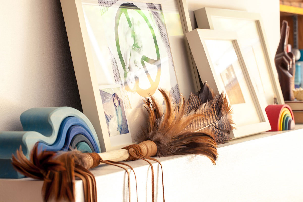modern California family home - bohemian feathers