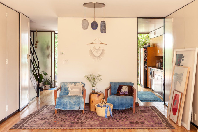 modern California family home - bohemian rug and chairs