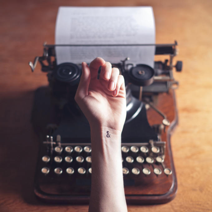 tiny-tattoo-ampersand-typewriter
