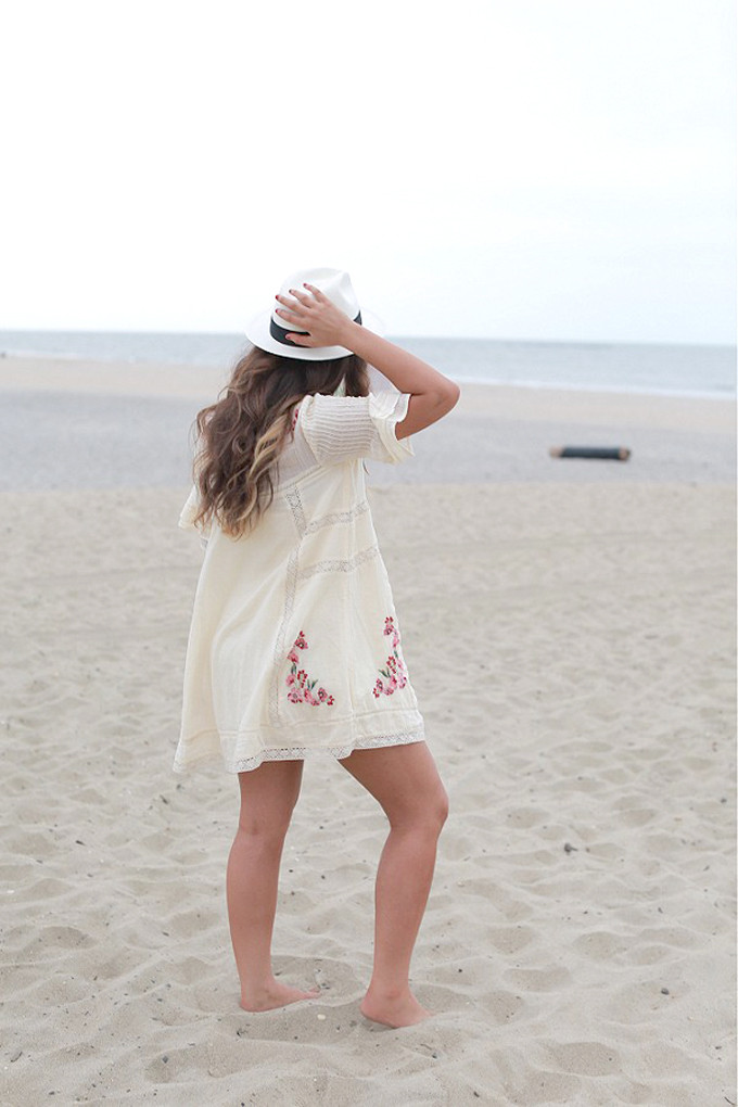FREE-PEOPLE-VICTORIAN-DRESS---SUMMER-BEACH-HAT